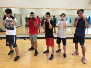 Using English in the club activity Joined the Rice boxing club and tried to speak to a large group of people in English. ~ Toshihiro Takada