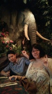Having lunch at the Rain Forest Café with my lab-mate ~ Ayaka Yoshida