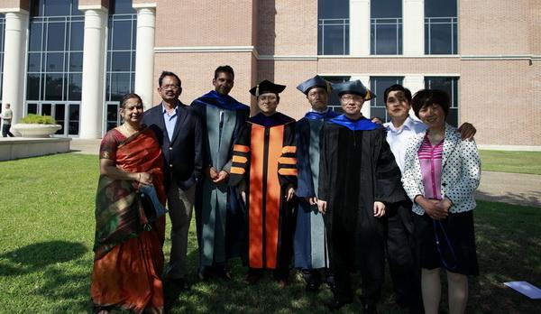 Family_Graduation