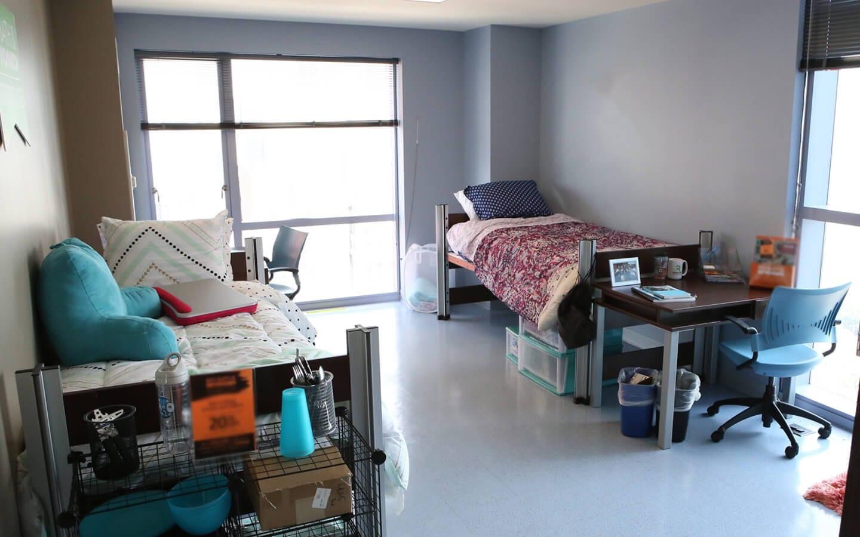 Chicago Housing Experiences Graduate Student Testimonials