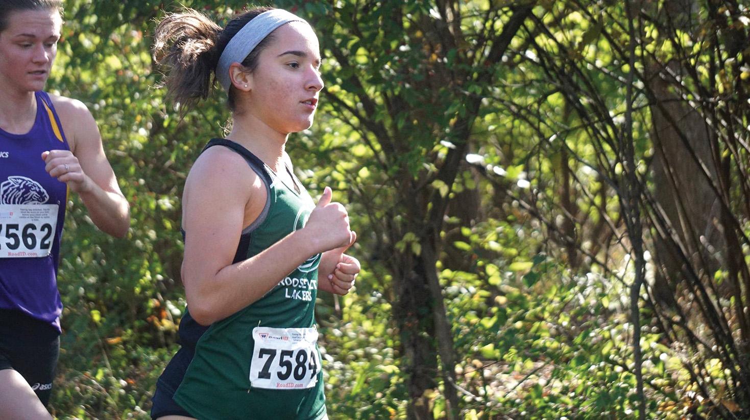 Gina Narcisi running