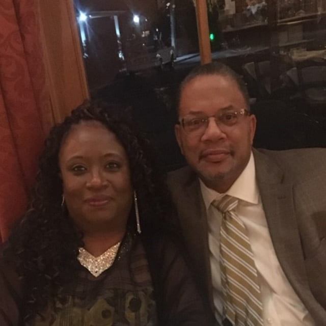 Reginald Spears (BS Biology, '85) and Lenita Sims-Spears (BS Biology, '85)