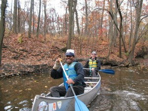 RU students paddle the North Branch of the Chicago River, Fall 2013 (M. Bryson)
