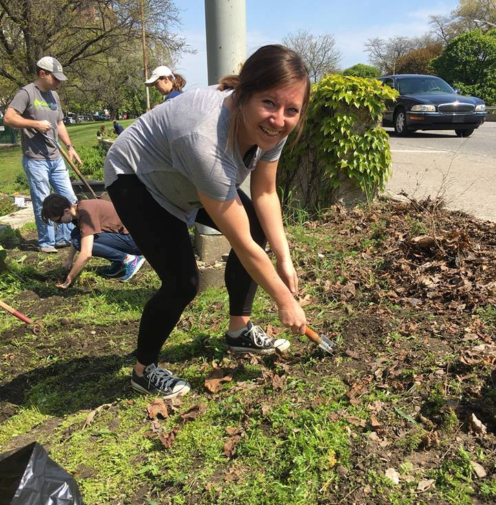 Brenda Hershey volunteering in Chicago's Buena Park neighborhood.