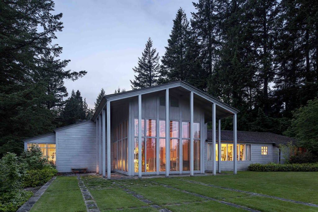 The watzek house john yeon center for architecture and for Architecture firms portland