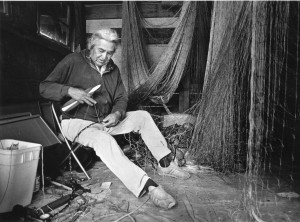 David Sohappy mending fishing nets. [Jacqueline Moreau papers, Coll 459, Box 10, Folder 4 and 5; Special Collections and University Archives, University of Oregon Libraries, Eugene, Oregon.]