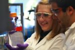 Photo: students in chemsitry lab