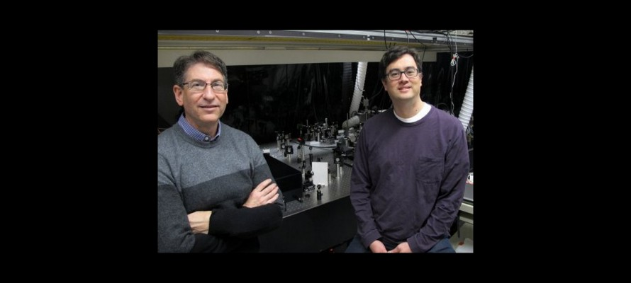 Oregon researchers glimpse pathway of sunlight to electricity