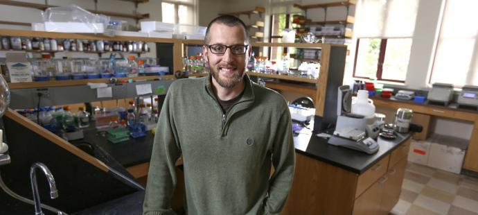 Mike Harms Receives NSF Career Award
