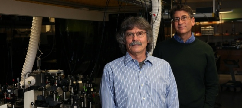Marcus and Raymer awarded $3.5 million to study quantum simulators