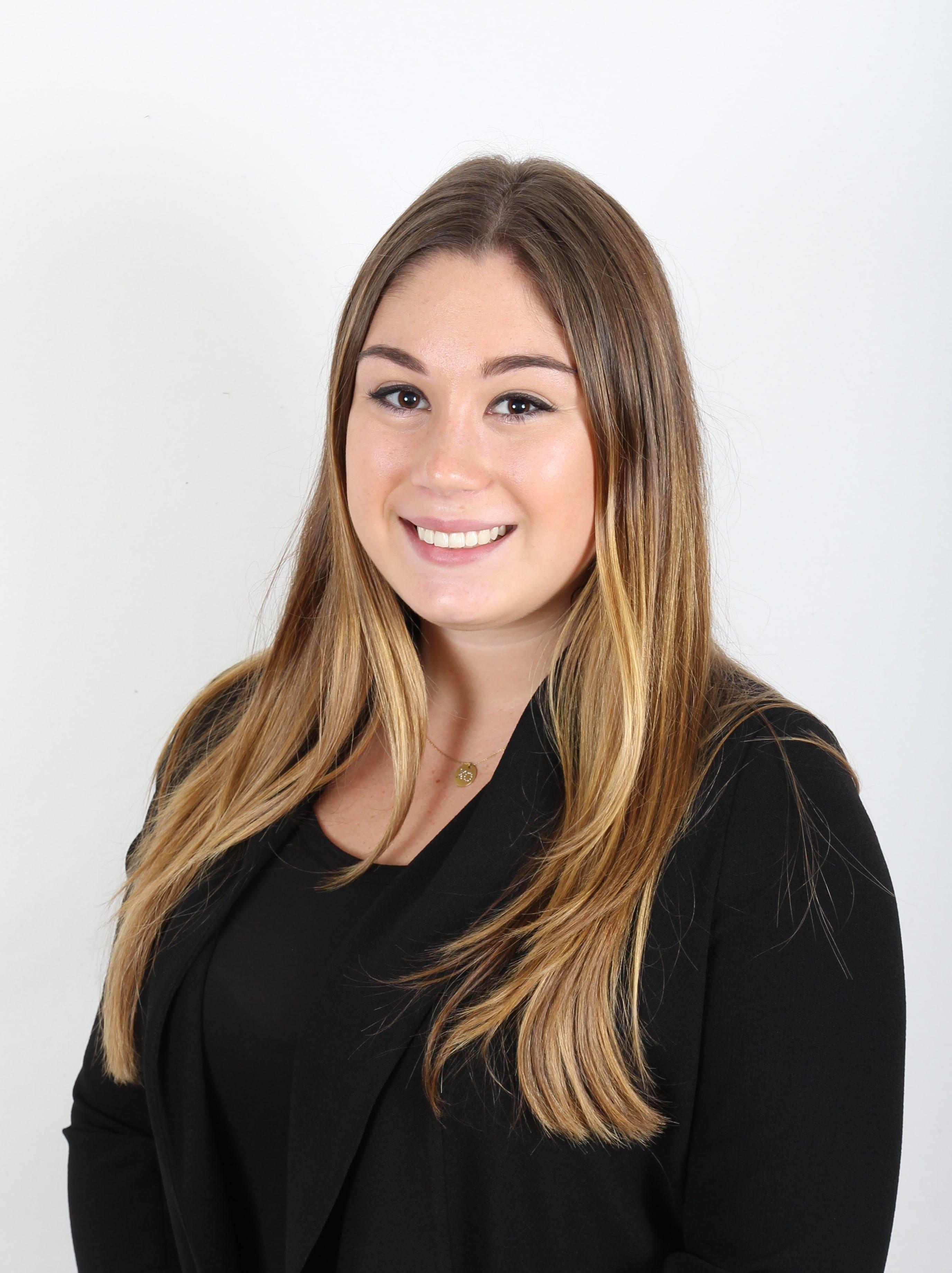 Elizabeth SeelingerAccount Executive