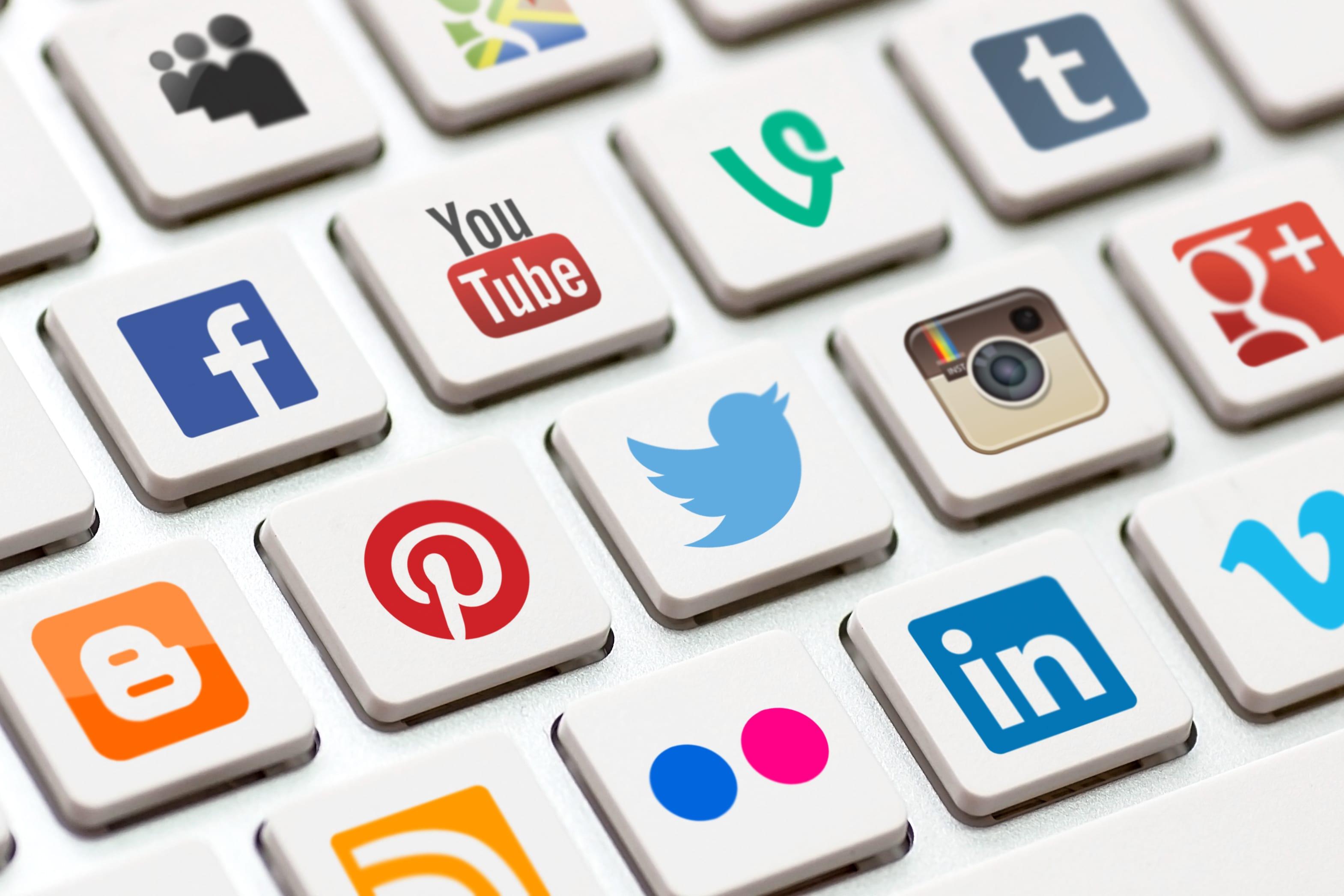 How to Use Social Media as a Portfolio Tool