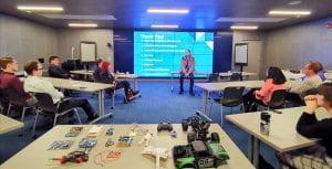 Ron Wyden with UO Bioengineering club