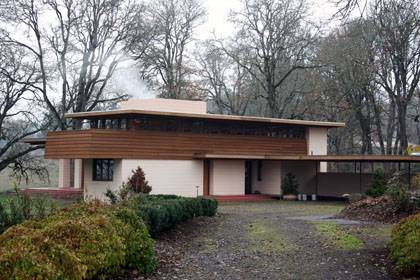 Frank Lloyd Wright's Gordon House in Silverton, Oregon