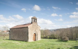 make it to the church on time Iglesia San Esteban (Aramil)  source: turismoasturias.es