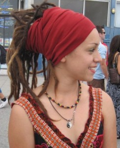 Wine red head wrap by J. Frassini (http://jfrassini.com/wine-red-head-wrap/)