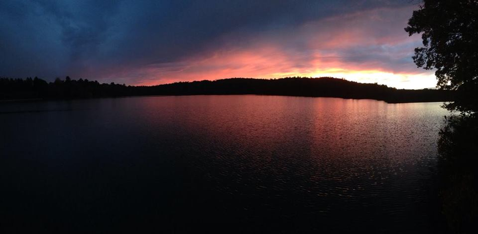 A picture of a sunset over Lake Waban taken by Audrey Stevens '17. Audrey is a student in my FYM group!