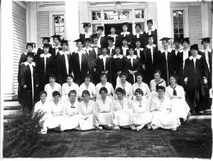 Zeta Alpha Society in 1916. Seniors in academic robes.