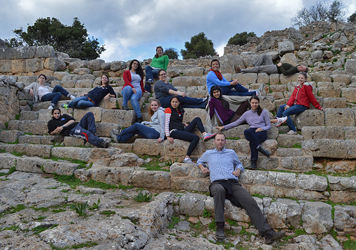 Our last day: on the steps of the Hellenistic city of Lato