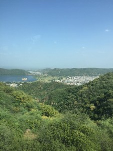 View of Jaipur while descending from the surrounding mountains/forts