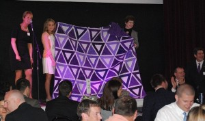 Auctioning KSU quilt