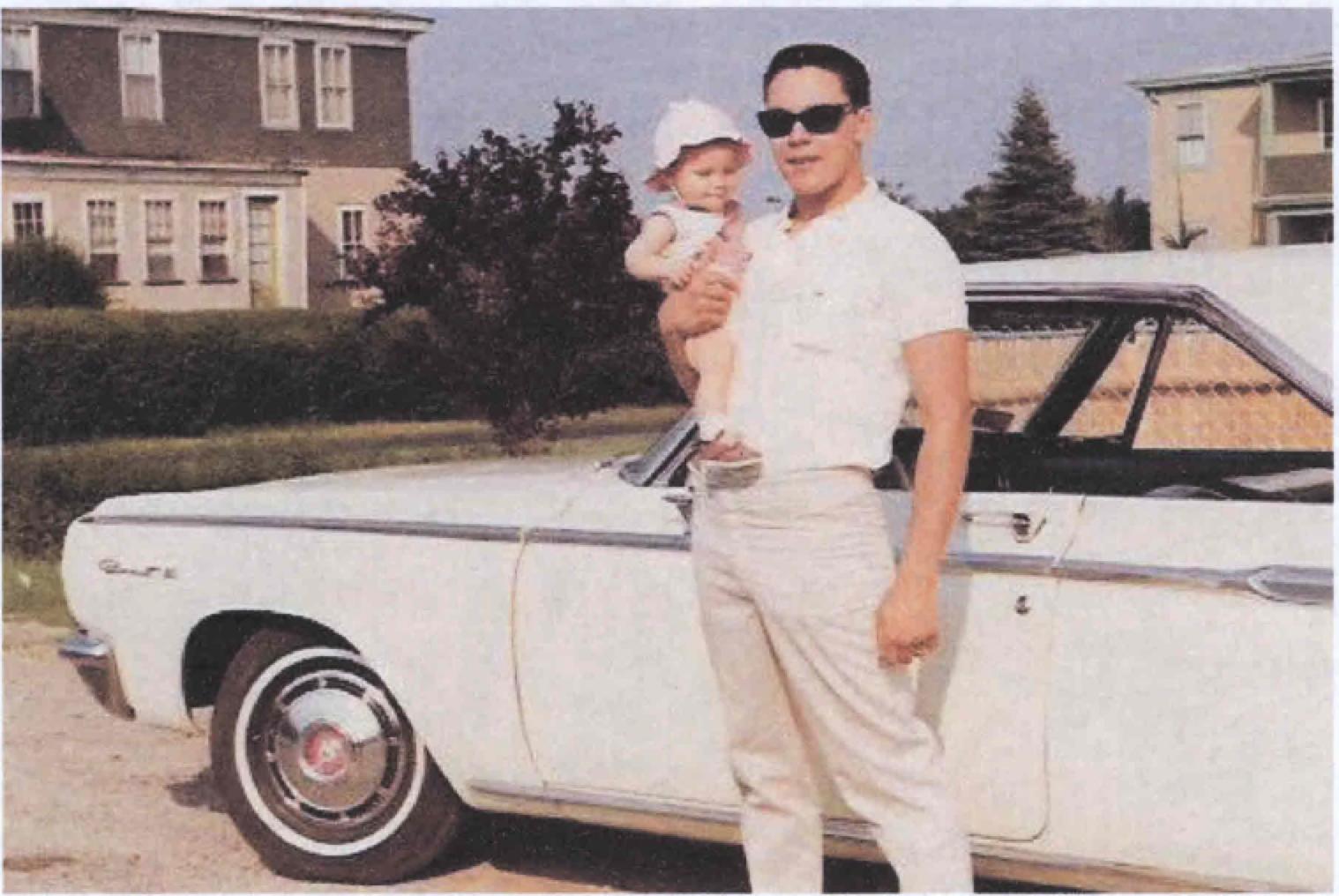 Orlando holding daughter Jolin.