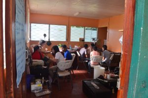 A Previous CCESP group working in the Health Clinic in Hormiguero