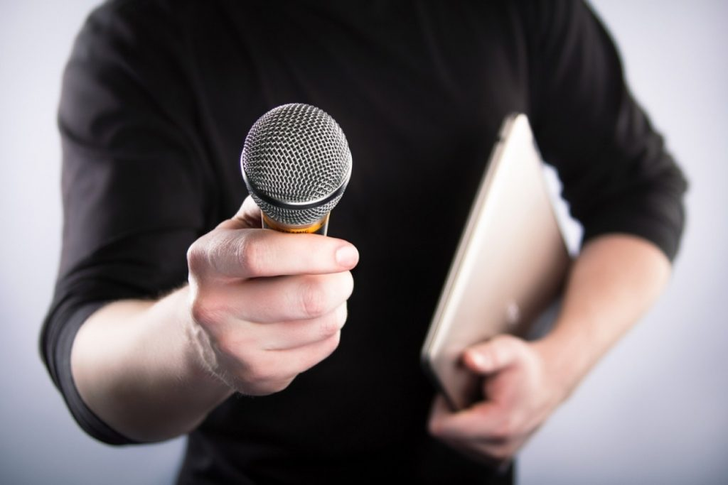 interview-microphone-e1403481573614-1260x840