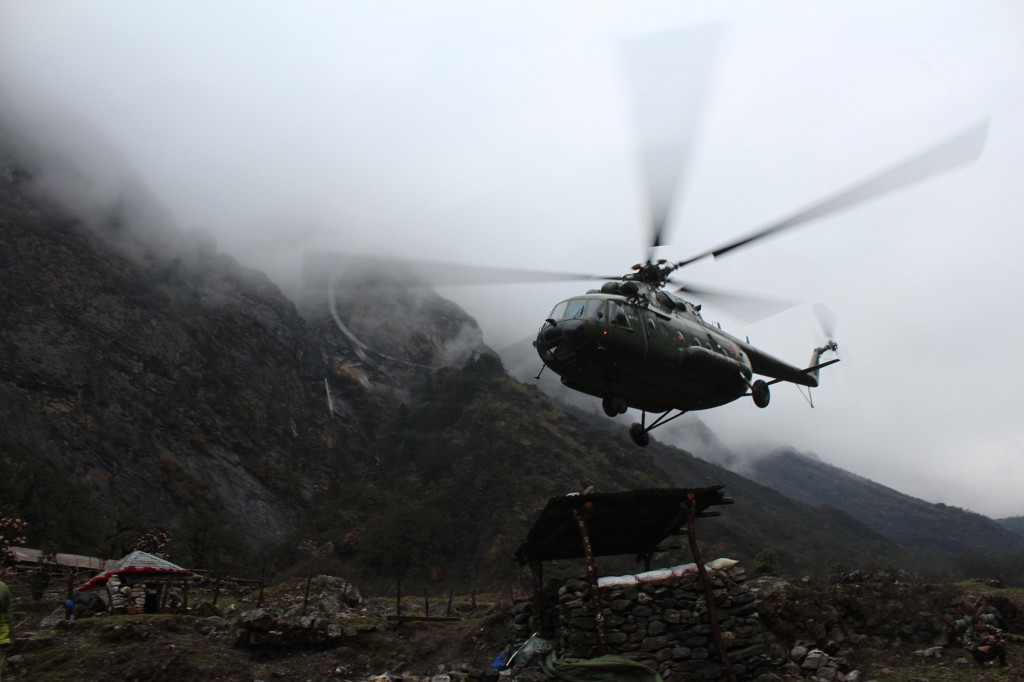 01nepalhelicopter.ngsversion.1431056217411.adapt.1190.2