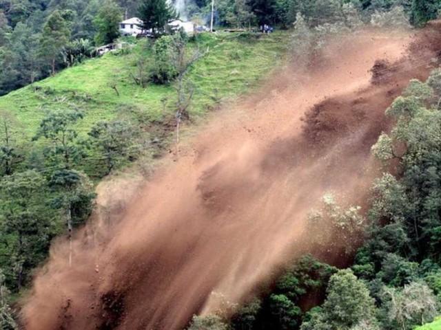 landslide-1434012890-657