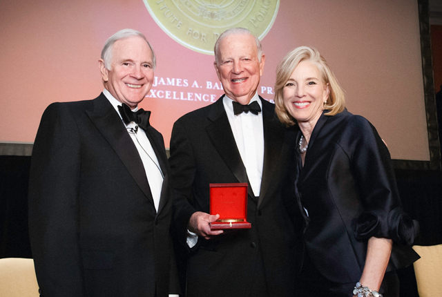 Houston philanthropists L.E. and Virginia Simmons received the 2015 James A. Baker III Prize for Excellence in Leadership from Rice University's Baker Institute for Public Policy April 10 during a gala dinner. The gala also marked the establishment of a new Center for Health and Biosciences at the Baker Institute.