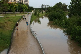 Jogging path along Buffalo Bayou is flooded.
