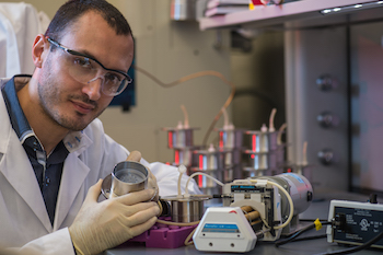 Rice graduate student Marco Santoro led the study to test the spread of bone cancer cells in realistic environments.