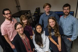 Members of the Uribe Lab in Rice University's Department of BioSciences