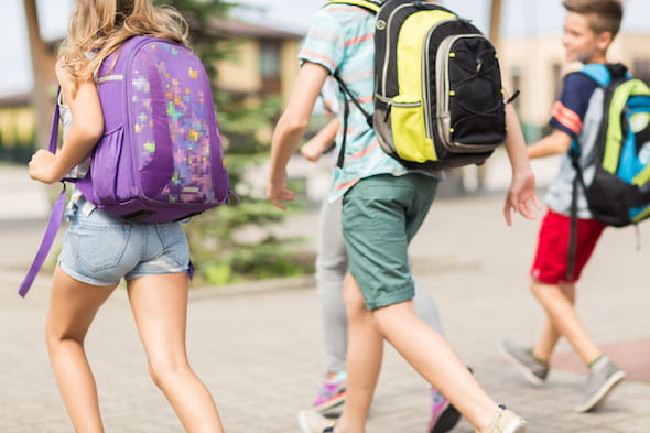 Lugging a heavy backpack can lead to musculoskeletal problems, but a Rice study finds that overloaded backpacks may be responsible for public schoolers' stronger core muscles.