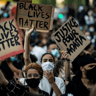 Protests against racial injustice and police brutality have spread not only acroos the U.S., but also around the world —including France.