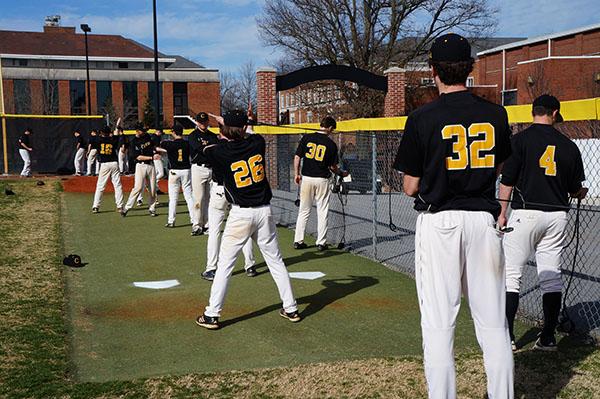 Men's Baseball Perseveres Despite  Season Struggles