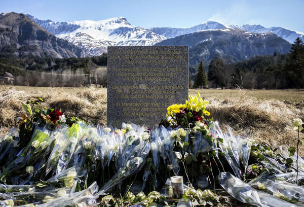 Germanwings flight 9525 crashes in french alps