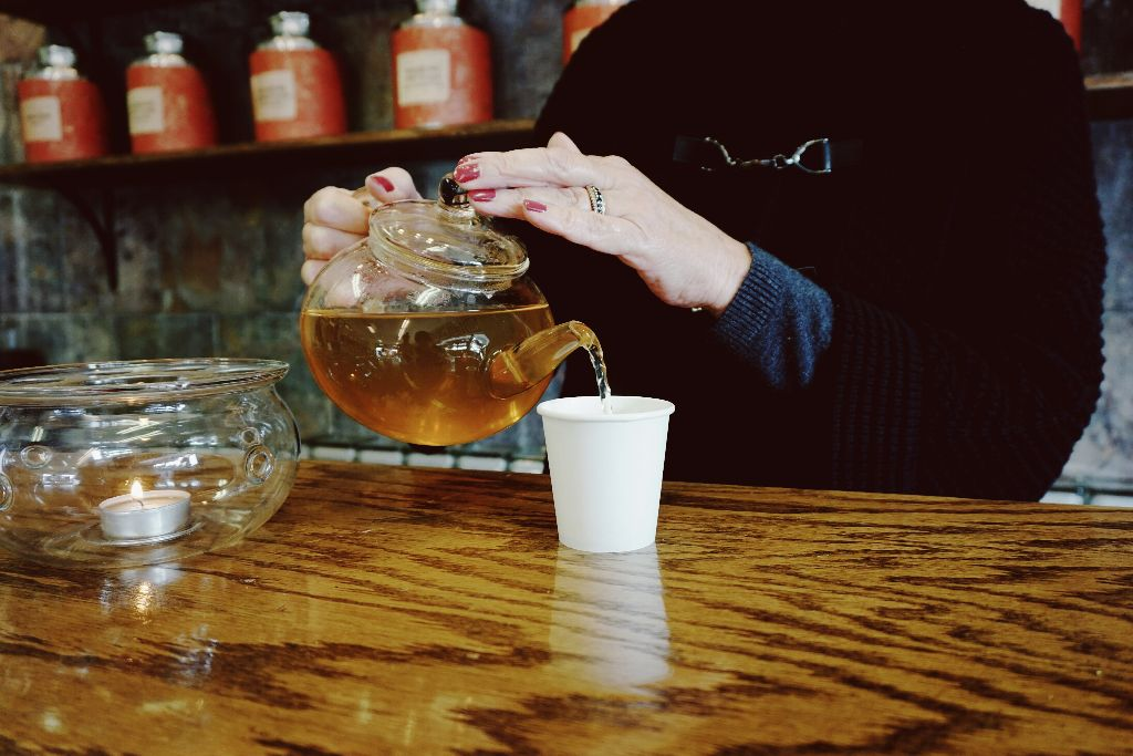 A Dually Delectible Experience: Chocolate and Tea