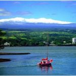 Mauna Kea: Look! We have snow too on the tops of our mountains!