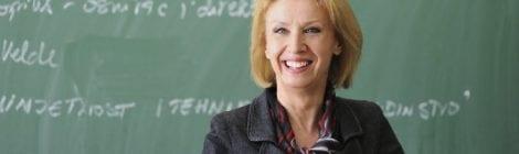 In Effort To Impress Students, Professor Begins Cursing