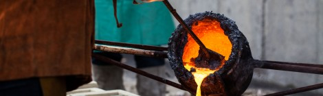 IRON POUR PHOTOS