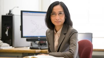 Lin Chen receives Award in Experimental Physical Chemistry