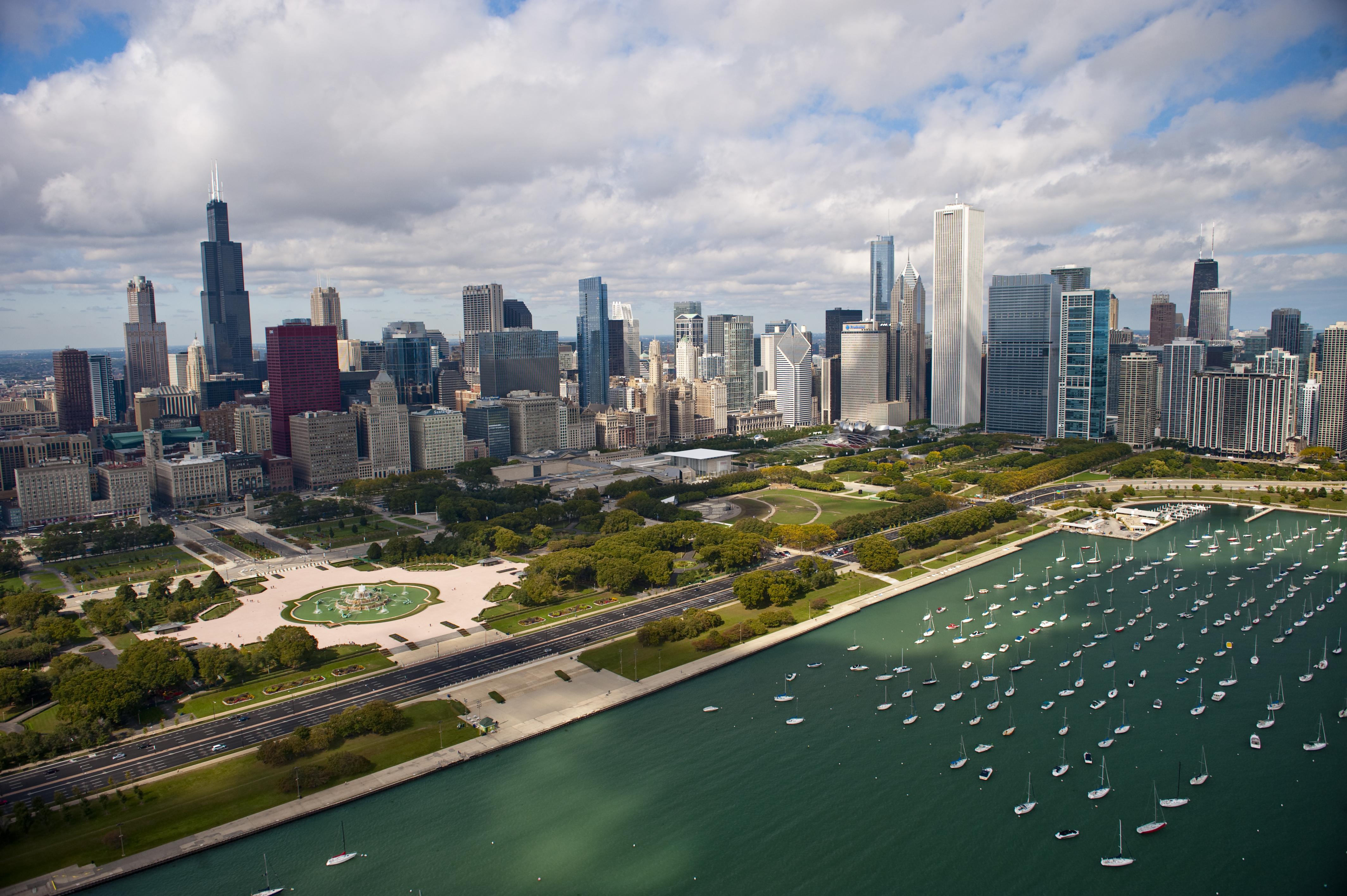 Ava: Exploring Chicago