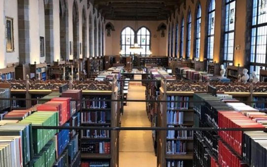 Aisles of books in Deering Library