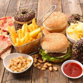 Why we crave junk food after a sleepless night