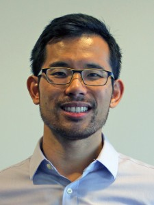A headshot of Dennis Li.