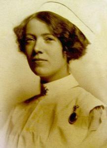 Helen Wood, 1915