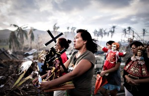 Survivors of Super Typhoon Haiyan march ...Survivors of Super Ty