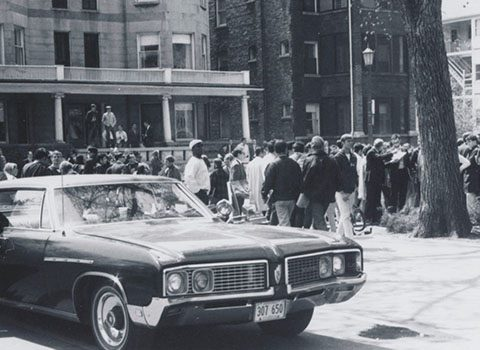 Crowd gathers in front of the Bursar's Office, May 3, 1968